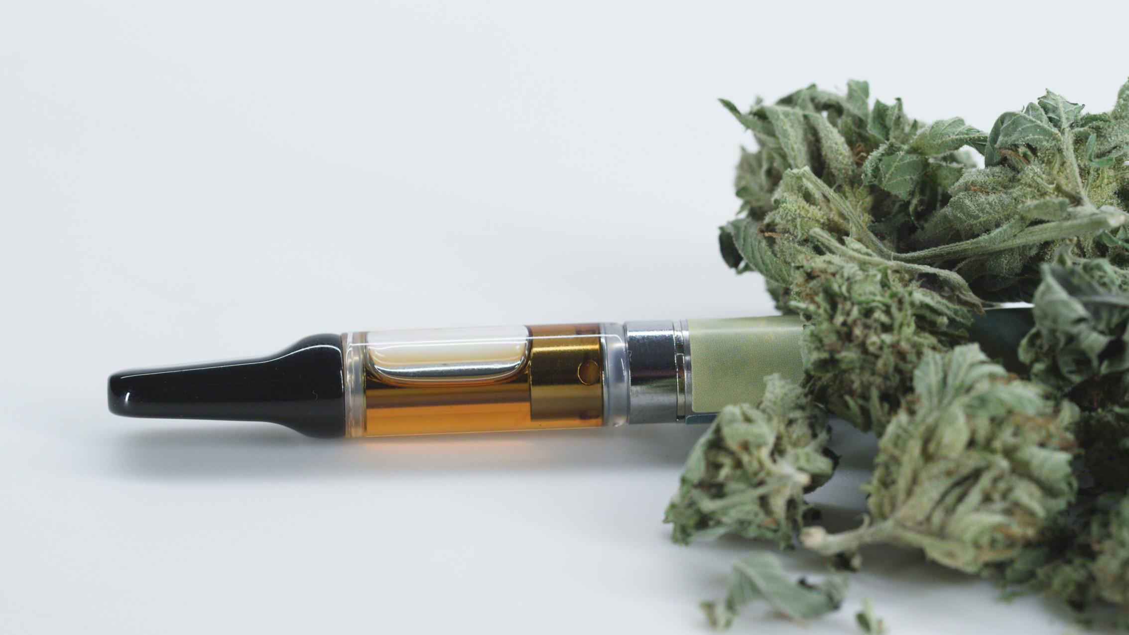 CBD oil vape pen
